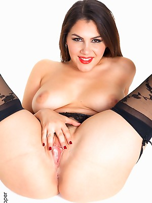 Valentina Nappi Midnight Rendezvous sexy girls wall paper